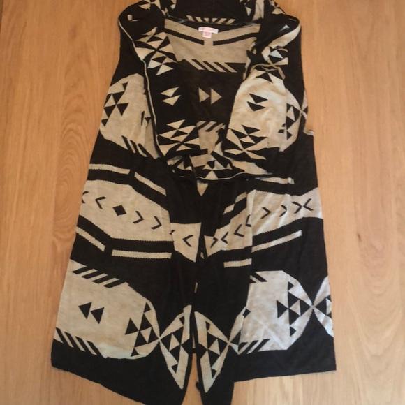Xhilaration Jackets & Blazers - Sweater vest